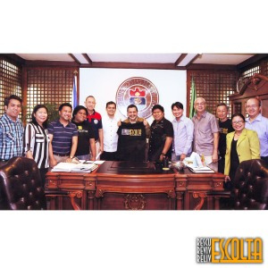 Pagpupulong ng Escolta community kay Manila Mayor Joseph Estrada noong Mayo 2014.